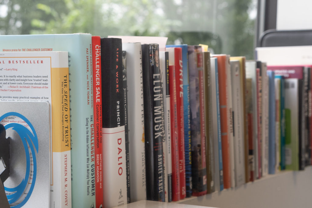 Be a great manager with these 12 leadership books  | The Predictive