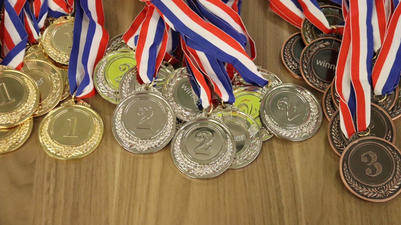 medals for employee rewards