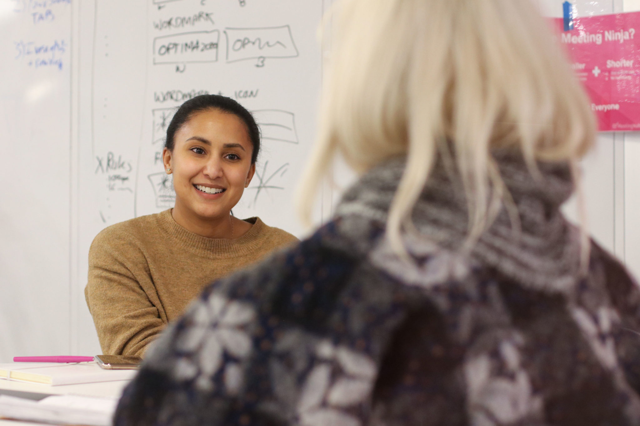HR leader discusses interview topics with job candidate